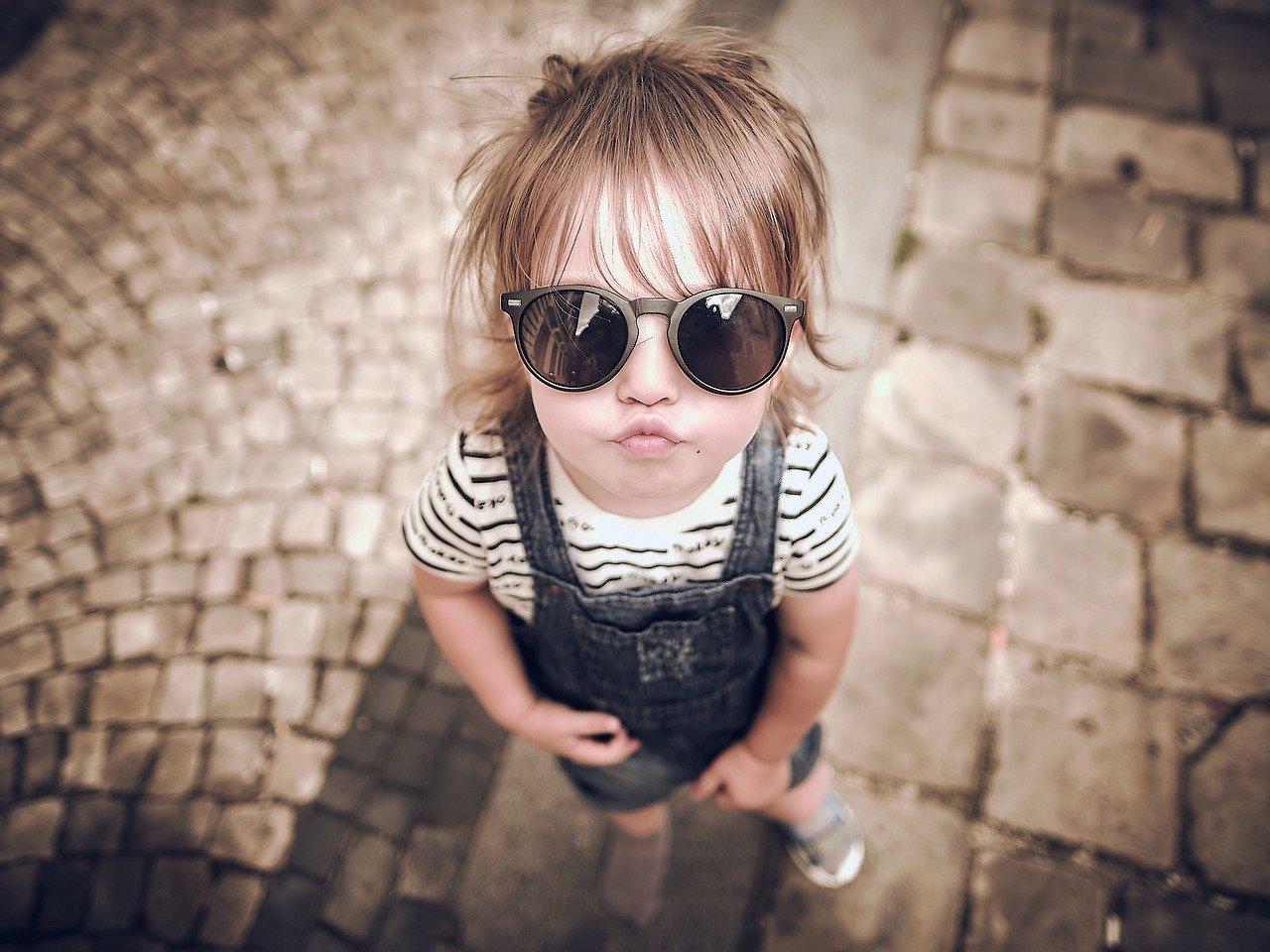 Съвети при избор на слънчеви очила за децата Ви